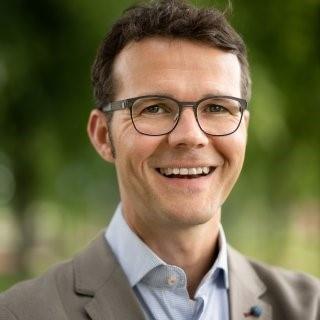 Prof. dr. Louk Vanderschuren